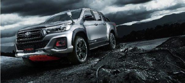 Toyota Hilux Black Rally Edition Tambah Garang dan Kekinian